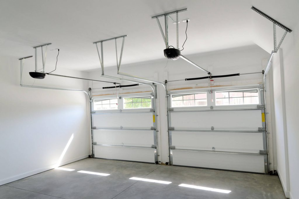 , Garage Door Repair in Newhall, CA | (818) 975-2776